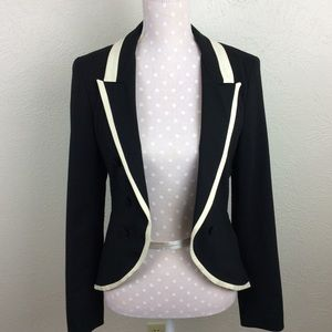 Elizabeth & James Black Tuxedo Blazer Size 2
